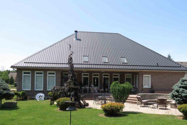 Metal Roofing versus Shingles
