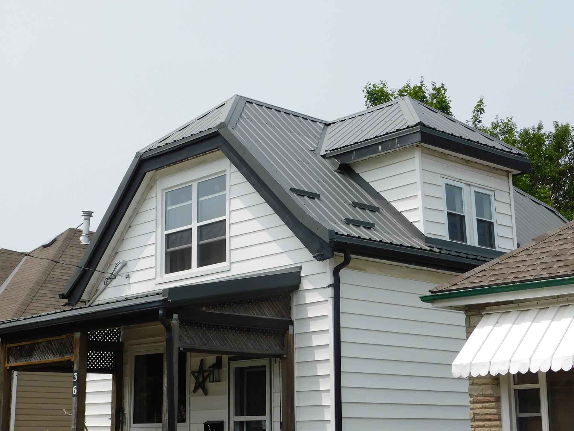 What is the Cost to Replace a Steel Roof?