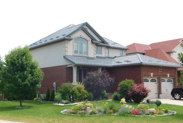 What Are the Different Roofing Materials Used for a Home?